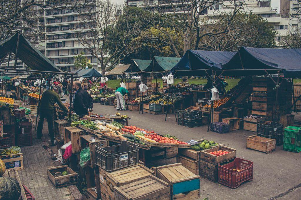 market-1024x682